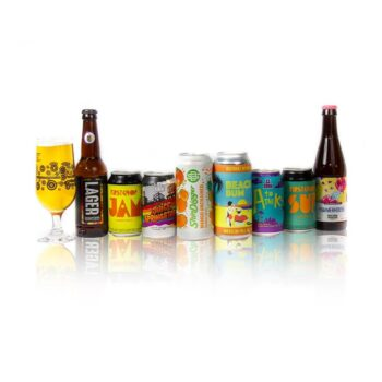 Beer Hunters Sommelier has selected these 8 brilliant craft beers from Manchester to introduce you to the diverse world of craft beer. Designed to be a perfect starter pack for those interested in trying a wide variety of different, modern beer styles such as Session IPA, Lager, Pale Ale from some of the finest breweries in Britain, without being too intimidating in terms of wild flavours or stronger alcohol content.